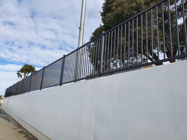 balustrades for retaining walls