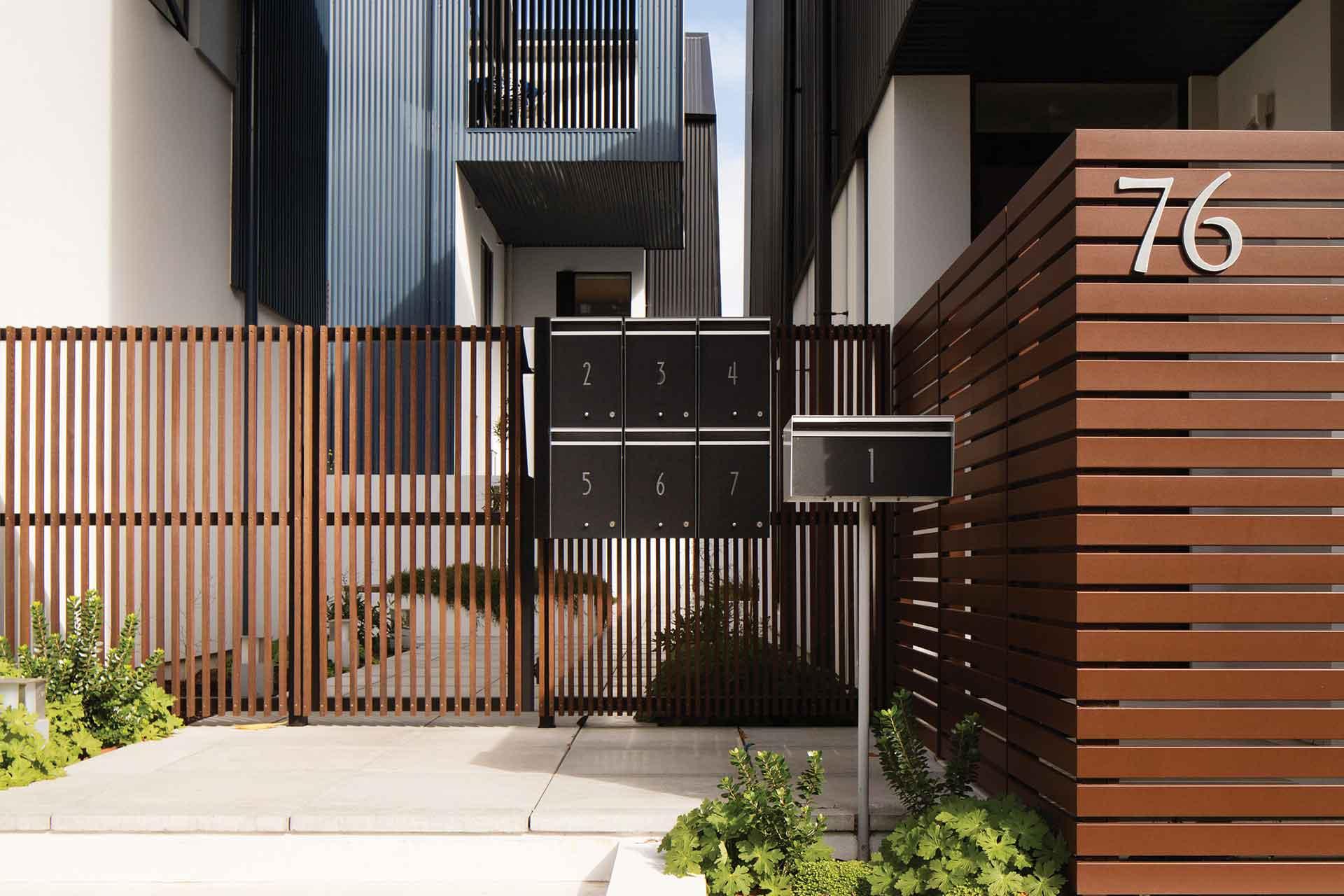 residential aluminium fence panels